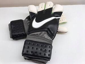 Nike GK Vapor Grip 3 Goalkeeper Gloves Black White Volt Size 8 GS0275 098