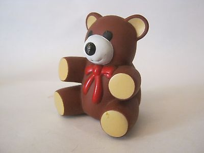 Ross Laboratories Brown Squeeze Squeaky Bear, dated 1985 (010-37)