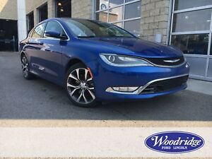 2015 Chrysler 200 C 3.6L V6, AWD, NAVIGATION, BACK UP CAMERA,...