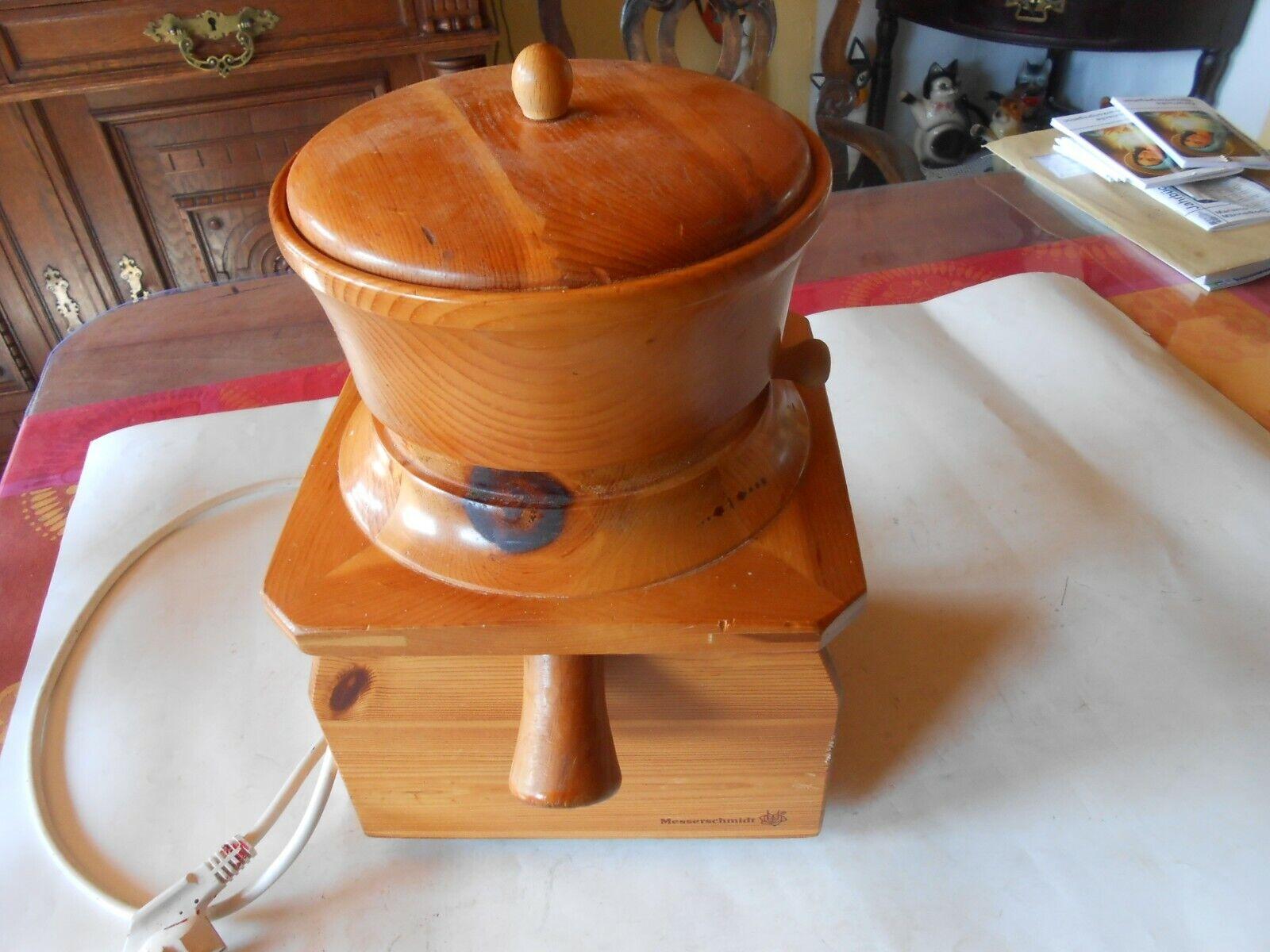 Messerschmidt Getreidemühle aus Holz Typ 65040