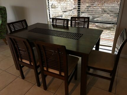 Wooden Dining Table For Sale Ready To Be Picked Up Asap