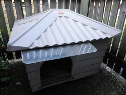 Dog Kennel ( durapoly brand), suit Large  or Small. Nerang Gold Coast West Preview