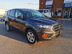 2018 Ford Escape S BACK UP CAMERA, LEATHER, BLUETOOTH, LOW KM