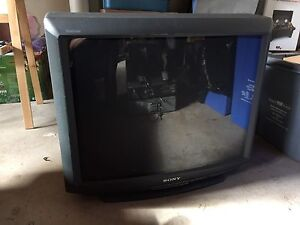 Sony Trinitron Colour TV