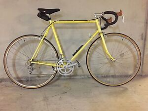 Reconditioned vintage Apollo road bike 01/1985 Kingston South Canberra Preview