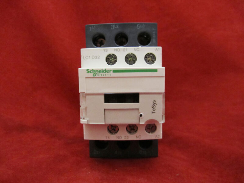 Schneider/Telemecanique LC1D32F7 Magnetic Contactor AC110V
