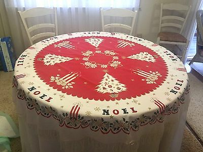 VINTAGE CHRISTMAS TREES CANDLES GOLD RED AND GREEN ROUND FRINGED TABLECLOTH 67""