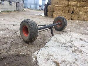 Gleaner combine axle