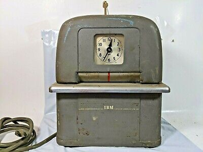 Vintage IBM Time Recorder Auto Punch Clock 2500-5 w/ Key Works