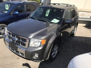2011 FORD ESCAPE LIMITED 4WD $7995 CERTIFIED