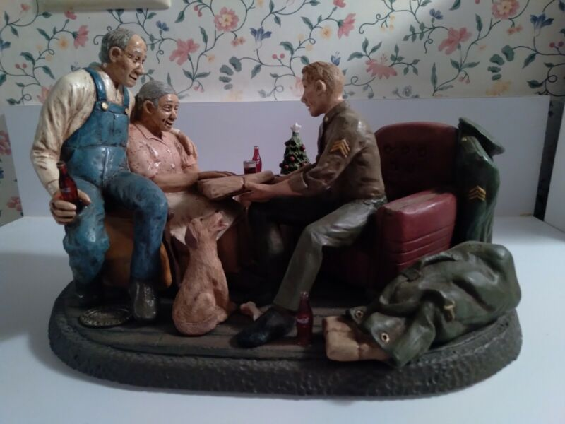 """Coca cola """"The Homecoming"""" Heritage Collection Figurine WWII Cir #1122 of 7500"""