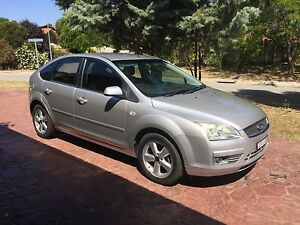 2005 LX Ford Focus 5 Speed Manual Isabella Plains Tuggeranong Preview