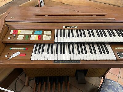 Hammond Organ Piano