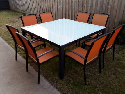 Outdoor aluminium 8 seater dining setting, 8 chairs. Glass top Seaford Frankston Area Preview