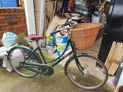 Classic Ladies Pashley Princess Sovereign Town bike