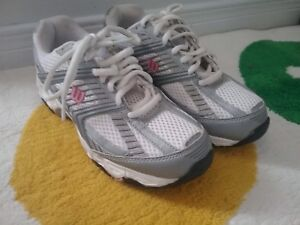 BRAND NEW RUNNING SHOES
