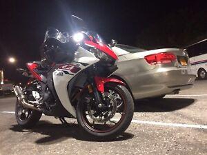 2015 Yamaha R3 - trade/sell