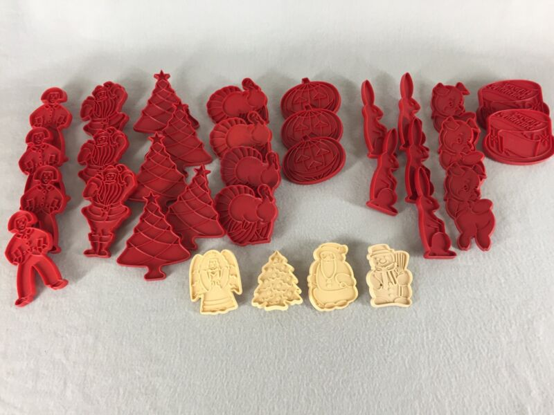Vintage Plastic Tupperware Cookie Cutters Holiday Red 33 Count