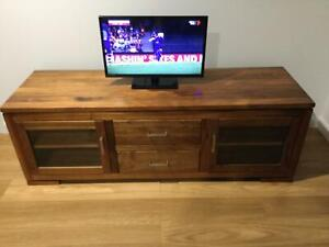 TV entertainment  unit and coffee table