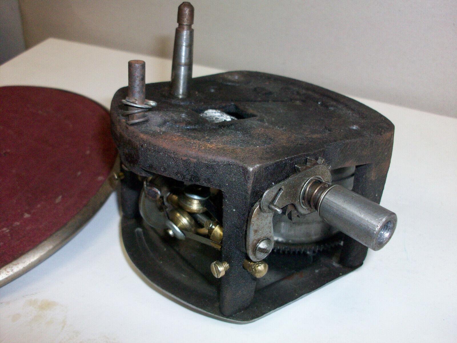 alter Grammophon Motor Antrieb Musik HIS MASTERS VOICE mit Plattenteller