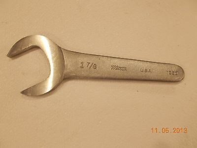 Caterpillar Wrench   Owner's Guide to Business and