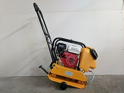 Plate Compactor Tamper 17 Inch 6.5 Hp Gx200 Water Wheel Kit 2 Year Warranty