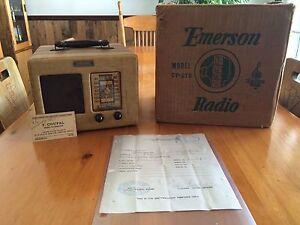 Radio a tube vintage émerson 1939