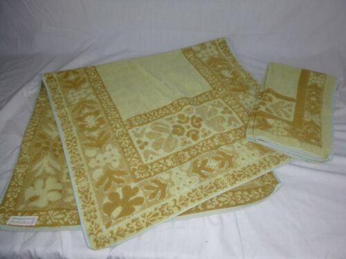 Vtg Stevens Utica Sculpted Bath & Hand Towel Fine Arts Collection THICK Gold