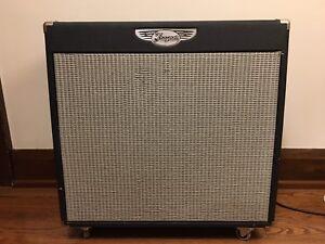 Traynor YCV80Q combo guitar amplifier