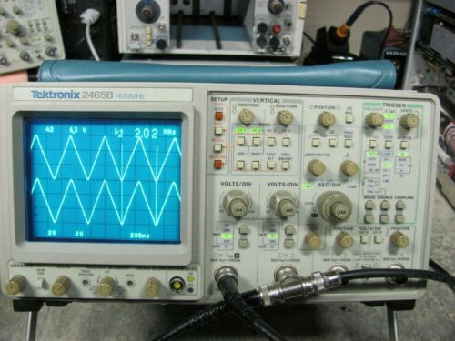 Tektronix 2465B 400MHz4 Channel Oscilloscope in Excelent Condition