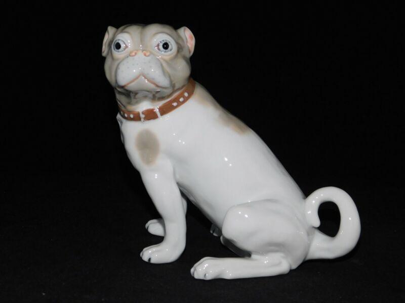 FIRST EDITION SEYMOUR MANN MUSEO PUG DOG PUPPY