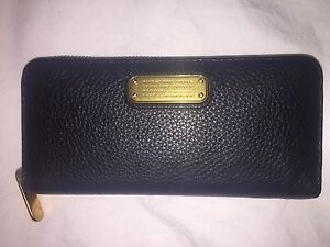 Marc by Marc Jacobs Q Slim Zip Continental Leather Wallet