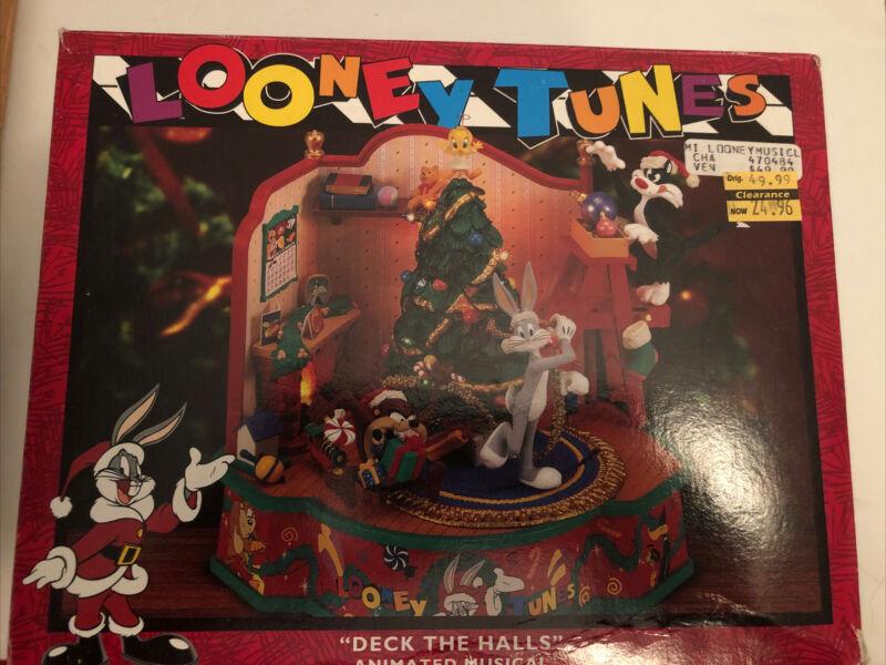 "Vintage Matrix Looney Tunes ""Deck The Halls"" Action/Lights Music In Box"
