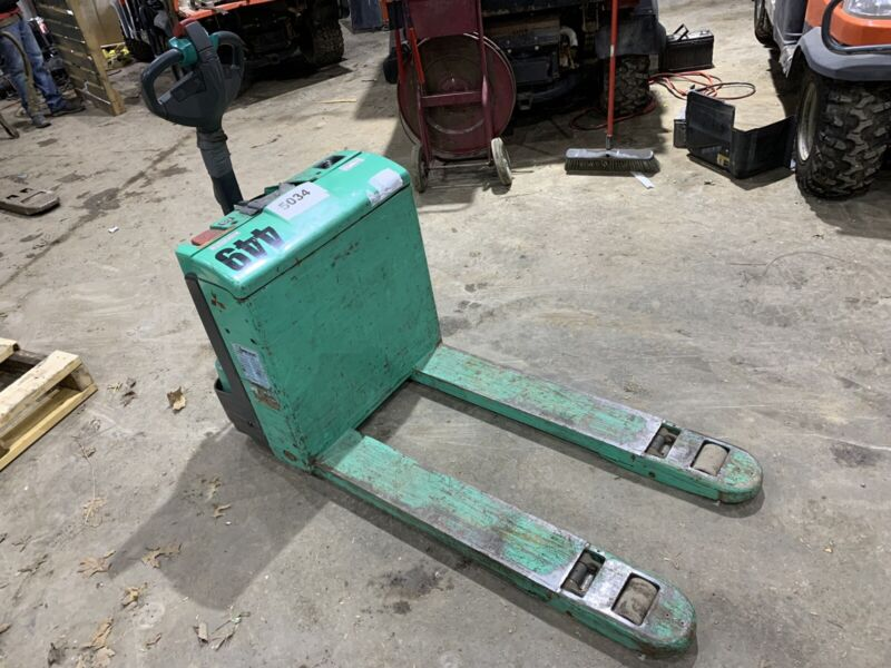 Mitsubishi Pallet Jack 24 Volts Electric  PW23 4500 Pound Capacity Charger