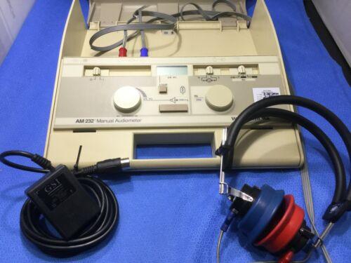 Welch Allyn AM 232 Manual Audiometer + Telephonics TDH-39P Headphones     Y92/kp