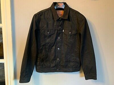 VINTAGE LEVI STRAUSS & CO. WAXED COTTON TRUCKERS JACKET SIZE M