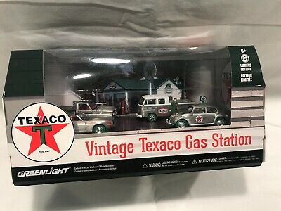 "GreenLight GREEN MACHINE Motor World ""TEXACO"" VHTF Diorama 1/64 Scale MIB!"