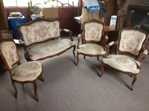 Antique 19th Century French Louis XV-Style Parlor Suite