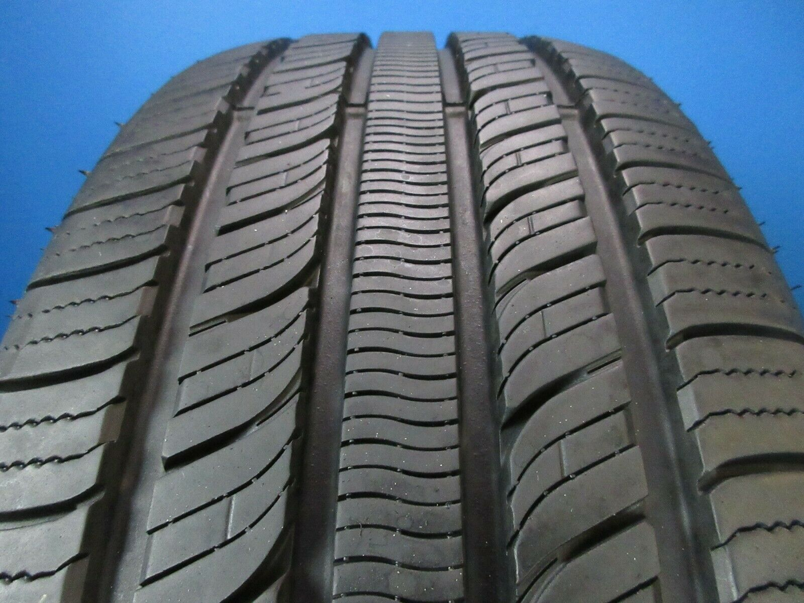 Used Falken ProTouring A/S  225 60 17  9-10/32 High Tread 1470C