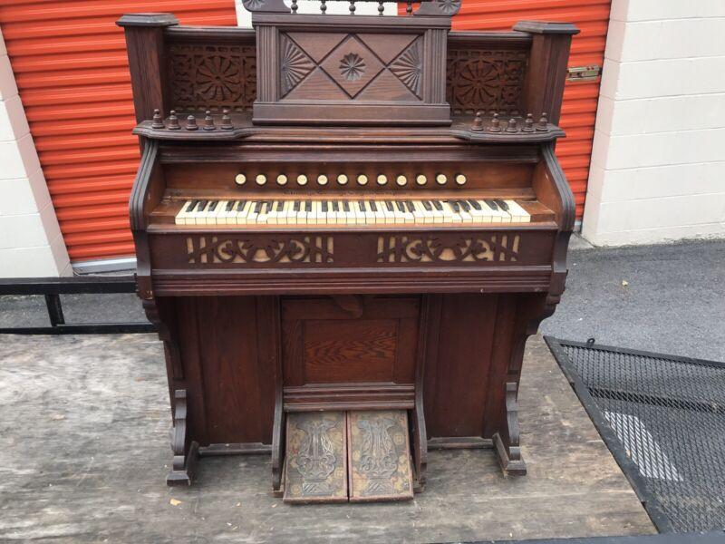 1890s Pump Organ Chicago Cottage Organ Company S35