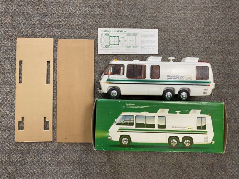 + HESS 1978 Battery Operated Amerada Training Van w/ Box - Tested & Lights Up