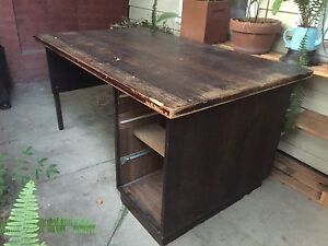 Free desk (for pickup) Clifton Hill Yarra Area Preview