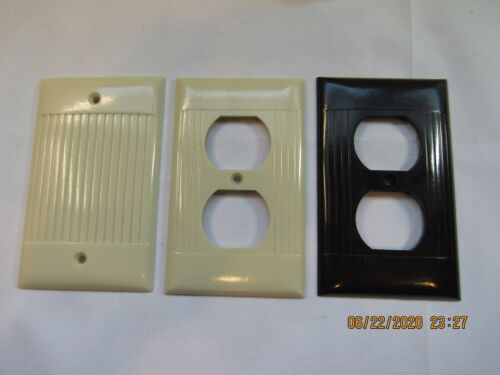 3 Vintage Sierra Electric Electrical Covers: 1 Blank Cover & 2 Outlet Bakelite