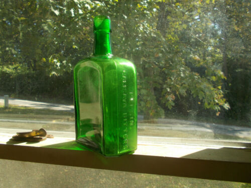BEAUTIFUL GREEN PEPSIN CALISAYA BITTERS DR.RUSSELL MED CO 1890s CHICAGO BOTTLE