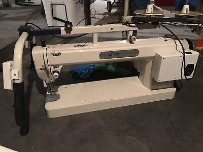 Tin Lizzie 18 LS quilting machine (stitch regulated)
