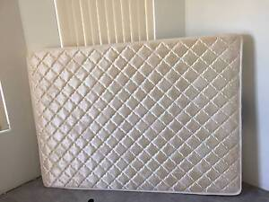 DOUBLE BED MATTRESS - GOOD CONDITION - USED East Cannington Canning Area Preview