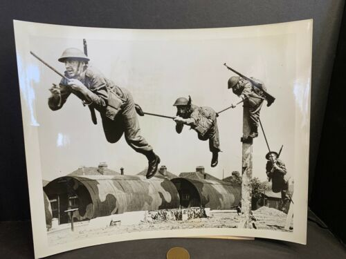 WW2 Photo, England, Home Guards Training Crossing River, 7/16/1942  #45