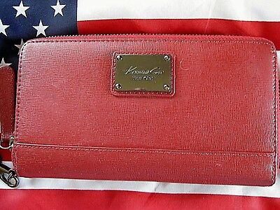 Kenneth Cole Zip Around Red Wallet  Wristlet  Credit Cards  Misc 8  W X 4 5  H