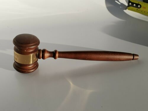VINTAGE USED  WOOD CARVED WOOD FANCY GAVEL