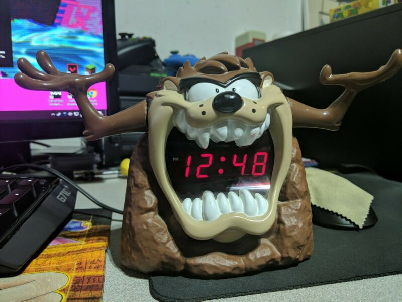 Taz Tazmanian Devil Digital Alarm Clock Looney Tunes Warner Brothers Tested 1995